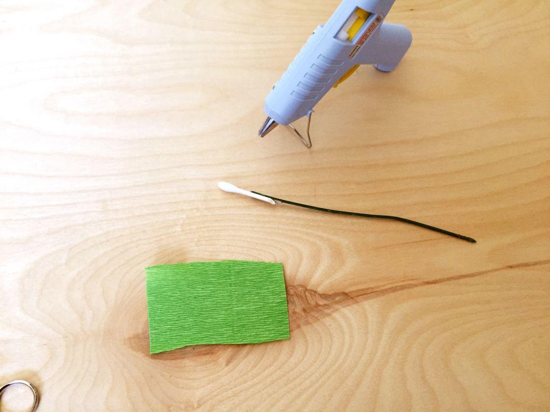 Como hacer flores con papel crep f cil y r pido vero hoy - Como hacer cosas de papel paso a paso faciles ...